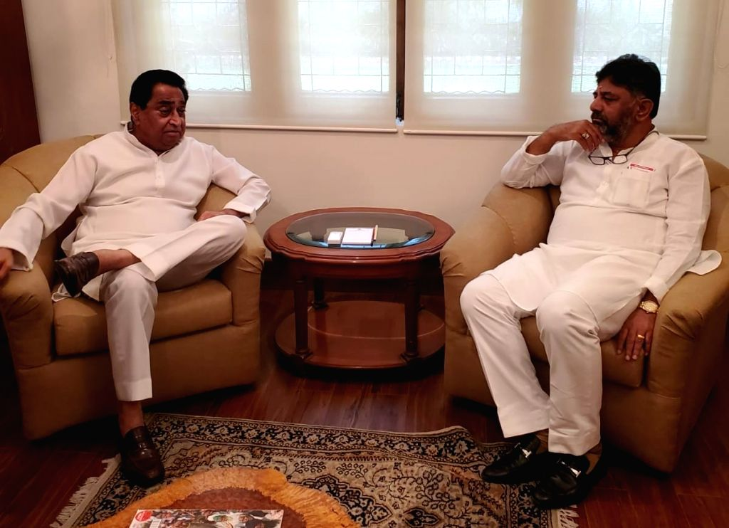 K'taka, MP Congress chiefs discuss Covid mismanagement by state BJP governments