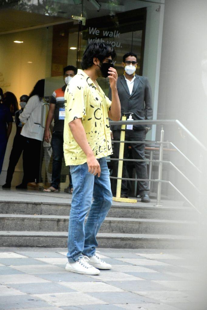 Kaartik Aryan, shradha das spotted at Hinduja hospital on Tuesday June 22, 2021.