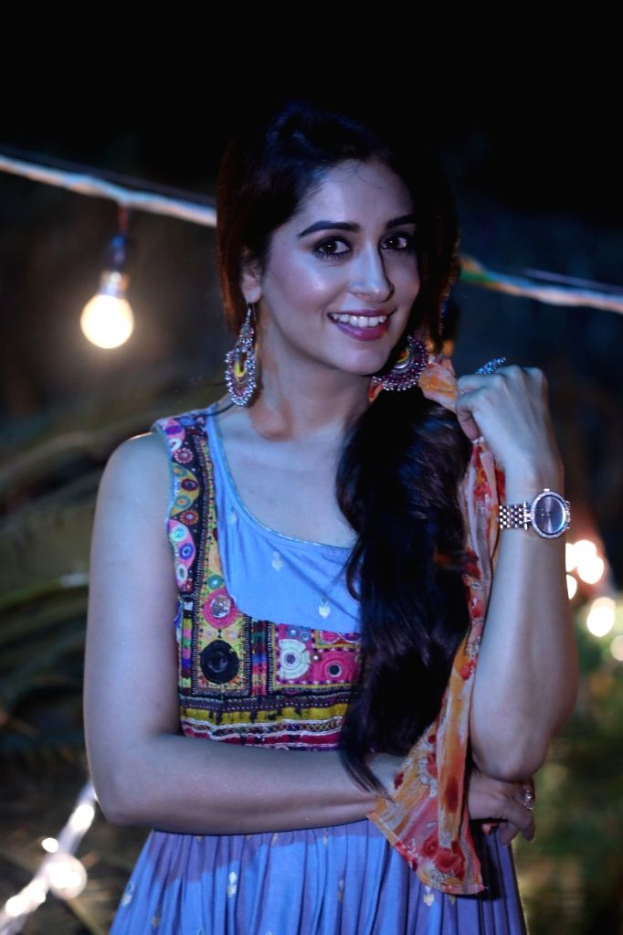 """""""Kahaan Hum Kahaan Tum"""" actress Dipika Kakar Ibrahim is happily married to actor Shoaib Ibrahim. She says marriage should not be the reason why people quit their dreams and careers. In fact, it should further empower a person to chase and fulfil thei - Dipika Kakar Ibrahim"""