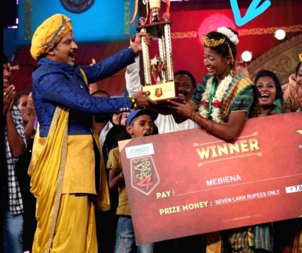 Kannada TV actress Mebeina Michael dies in road accident. - Mebeina Michael