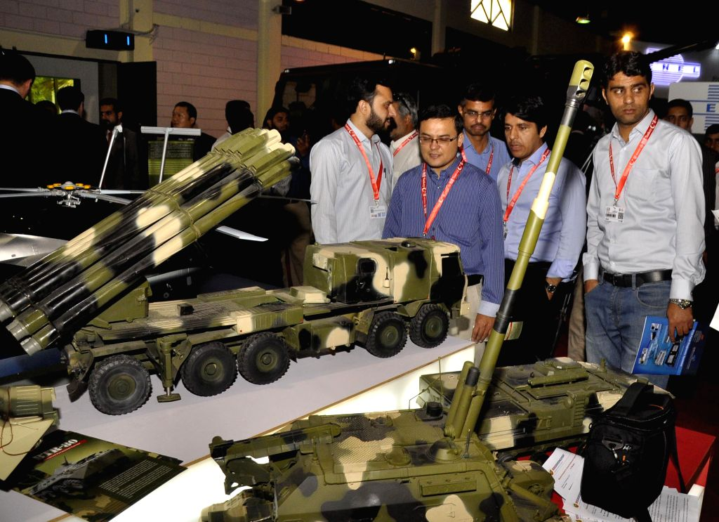 KARACHI, Nov. 25, 2016 - People visit the 9th International Defense Exhibition and Seminar 2016 in southern Pakistani port city of Karachi, Nov. 25, 2016.
