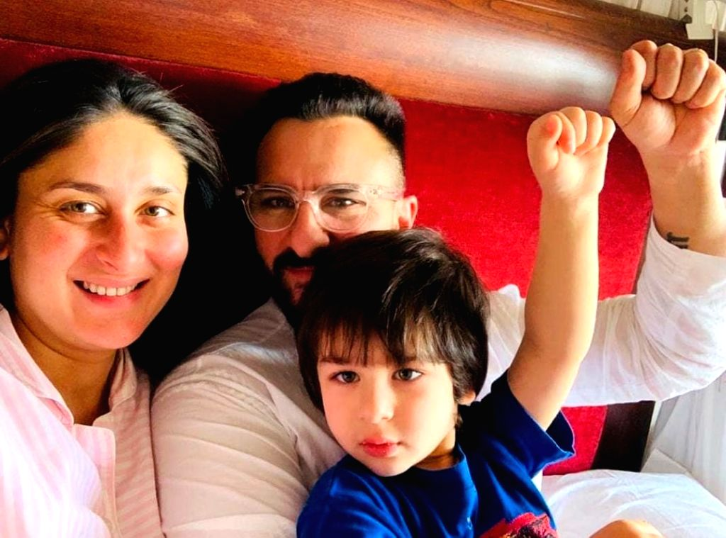 Kareena Kapoor and Saif Ali Khan blessed with baby boy. - Kareena Kapoor and Saif Ali Khan