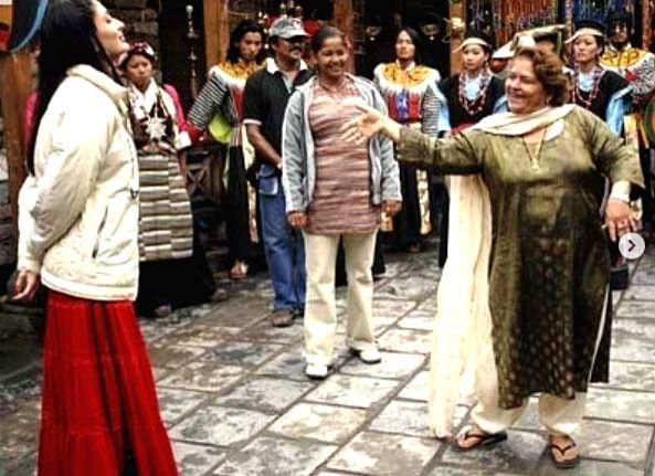 Kareena shares how Saroj Khan taught her to dance. - Saroj Khan