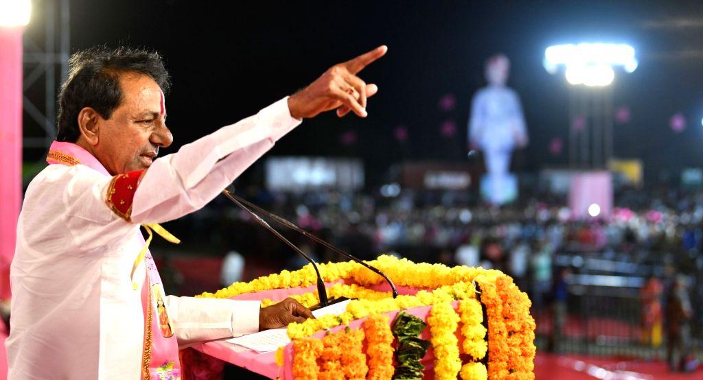 Karimnagar: Telangana Chief Minister and TRS president K Chandrashekar Rao addresses a public rally in Karimnagar district of Telangana on March 17, 2019. (Photo: IANS) - K Chandrashekar Rao