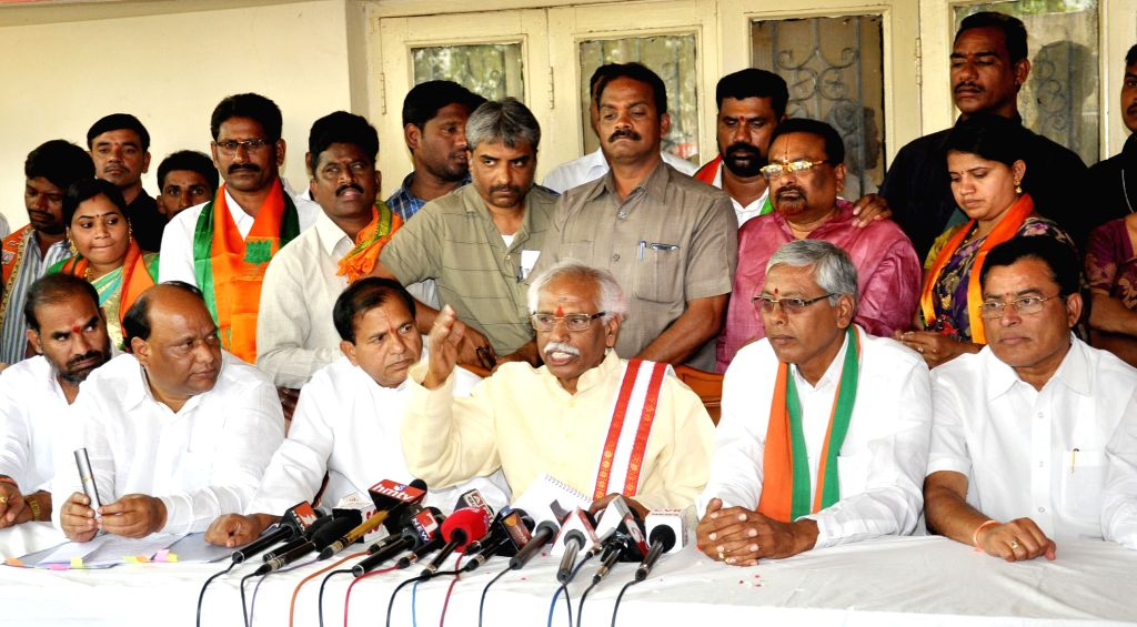Union Minister of State for Labour and Employment Bandaru Dattatreya addresses a press conference in Karimnagar, Telangana on April 15, 2015.