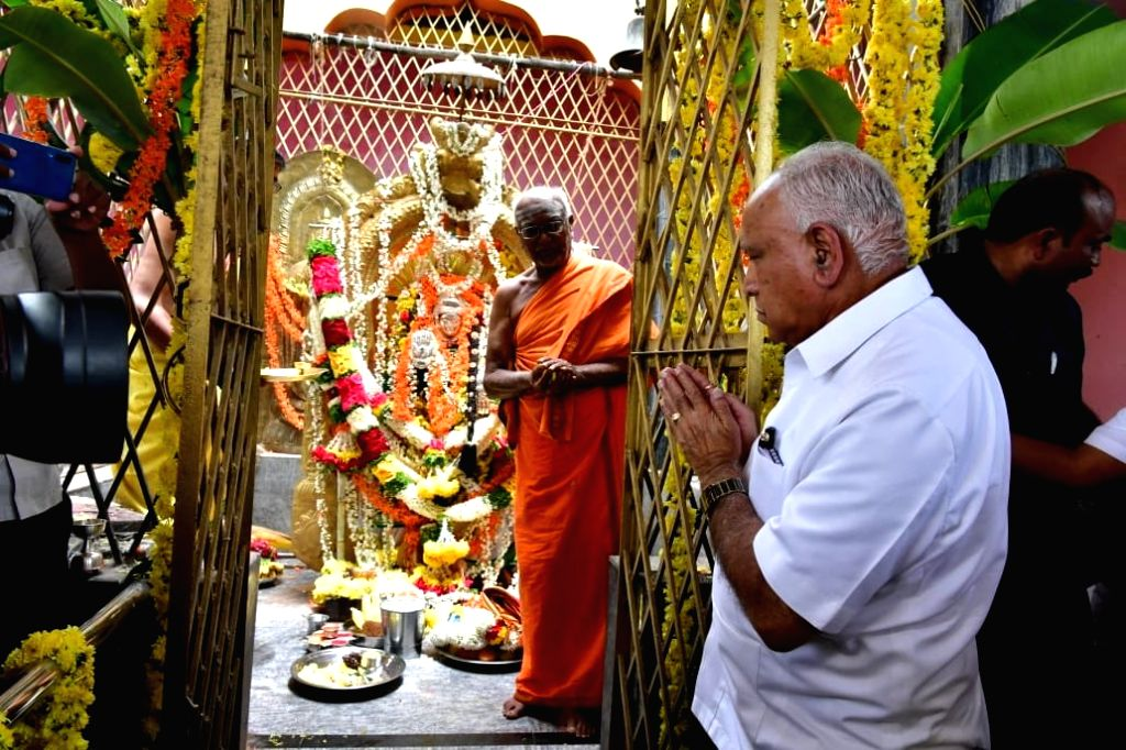 Karnataka Chief Minister B.S. Yediyurappa offers prayers at the Sri Siddalingeshwara Temple in Karnataka's Kunigal on July 27, 2019. - B.