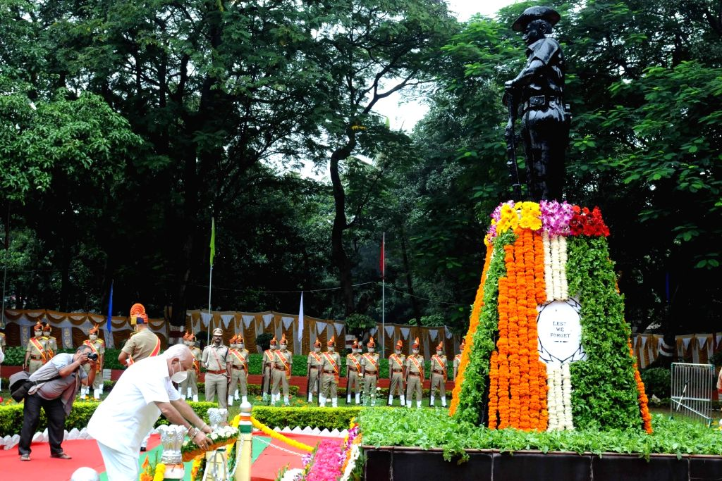 Karnataka Chief Minister BS Yediyurappa pays tributes to the martyrs on Police Commemoration Day, at CAR Parade grounds in Bengaluru on Oct 21 2020. - B