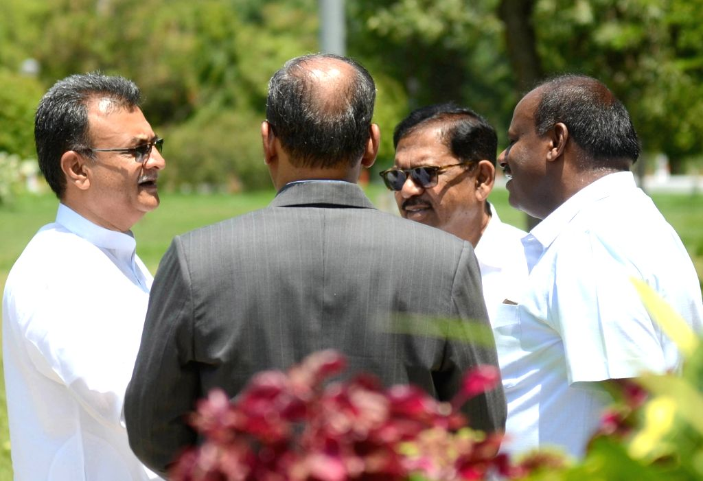 Karnataka Chief Minister H.D. Kumaraswamy, Deputy Chief Minister G. Parameshwara and Congress MLA Mahesh Kumathalli after paying tributes to the country's first Prime Minister Pandit ... - H.