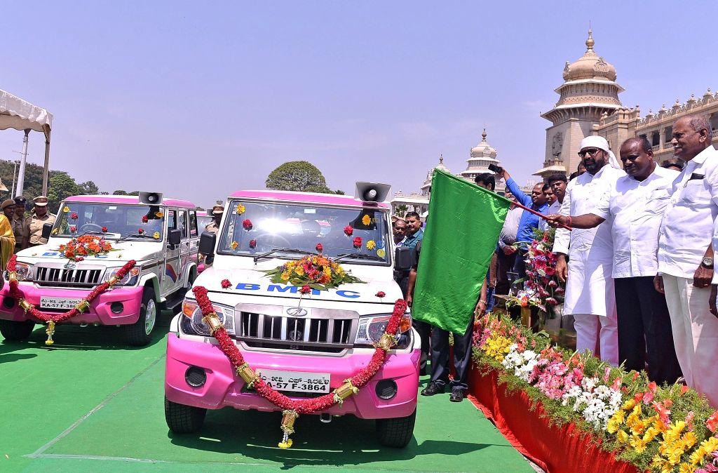 Karnataka Chief Minister HD Kumaraswamy flags off  'Pink Sarathi' - an initiative of Bangalore Metropolitan Transport Corporation (BMTC) to ensure safety of women passengers in Bengaluru on ... - H
