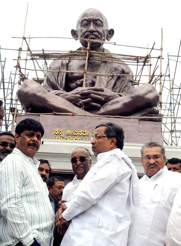 Karnataka Chief Minister Siddaramaiah at the site where a statue of Mahatma Gandhi is being installed at Vidhana Soudha premises in Bangalore on Sept 8, 2014. - Siddaramaiah