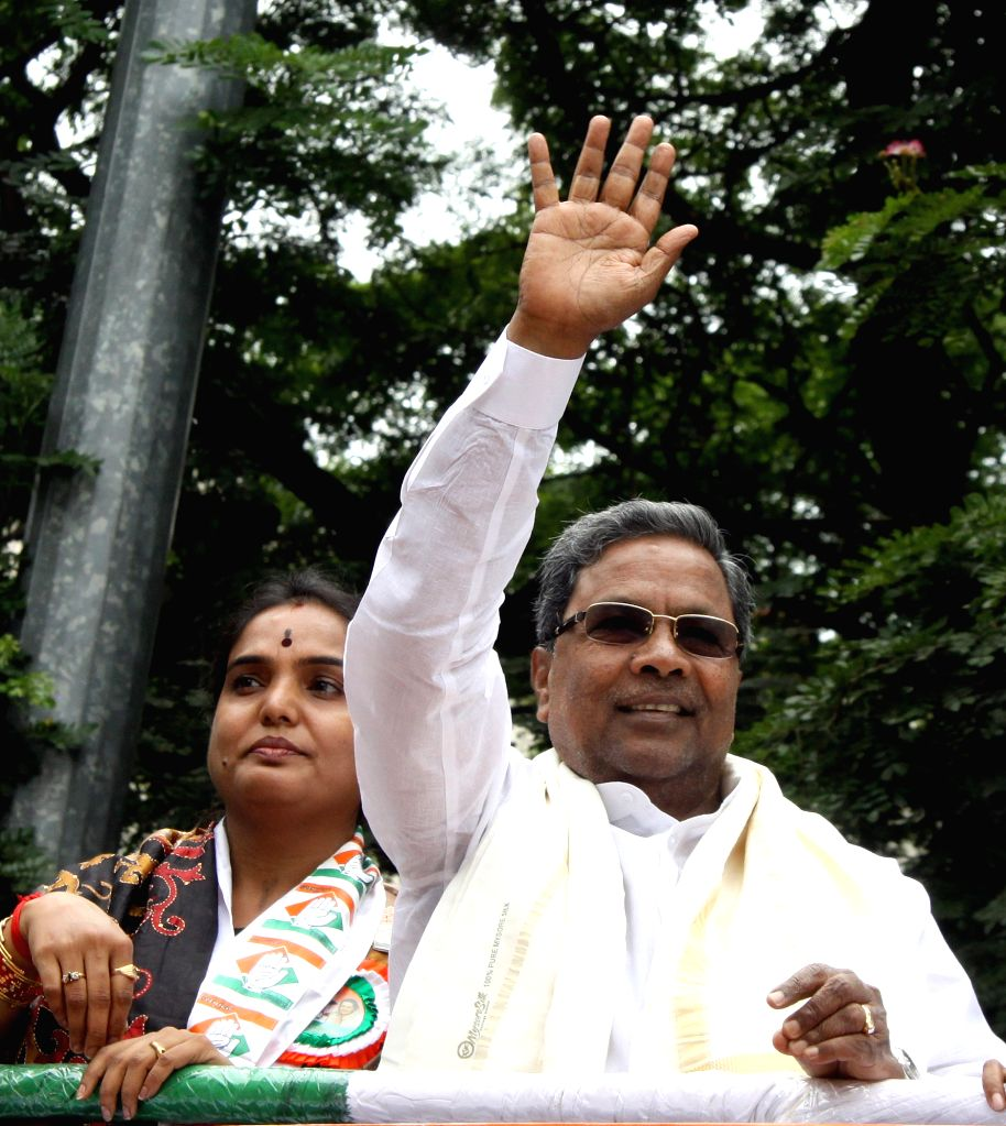 Karnataka Chief Minister Siddaramaiah campaigns for Congress ahead of BBMP election in Bengaluru, on Aug 16, 2015.