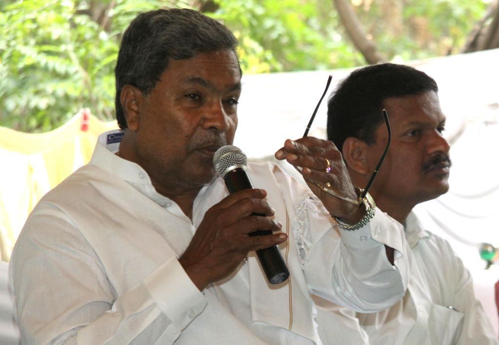 Karnataka Chief Minister Siddaramiah addresses a press conference at Press Club in Bangalore on April 14, 2014.