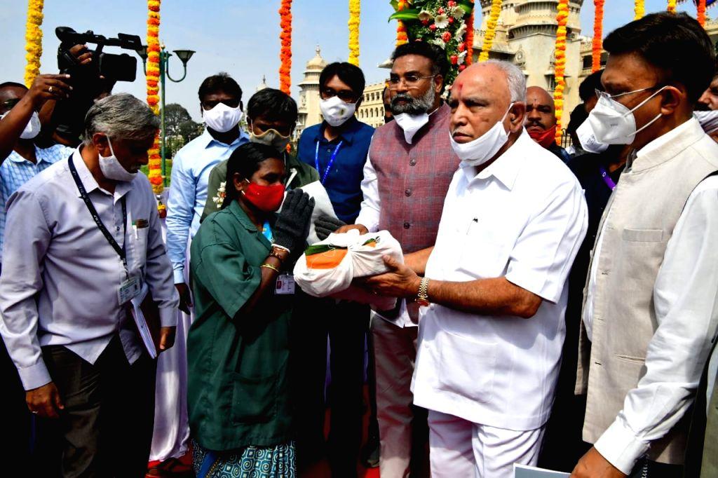 Karnataka CM recalls Dr Ambedkar contributions to society and nation