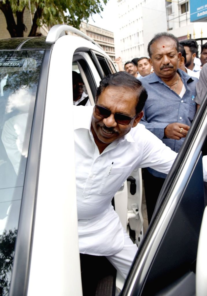 Karnataka Congress leader G. Parameshwara leaves after IT official enquiry at the IT office media in Bengaluru on Oct 15, 2019.