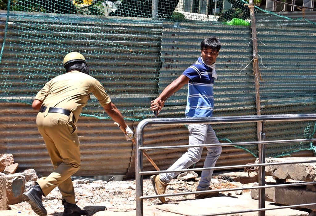 Karnataka intensified vigil by deploying more forces to strictly enforce the extended lockdown in 10 Coronavirus hotspots in the state, an official said on Wednesday. (Photo: IANS)