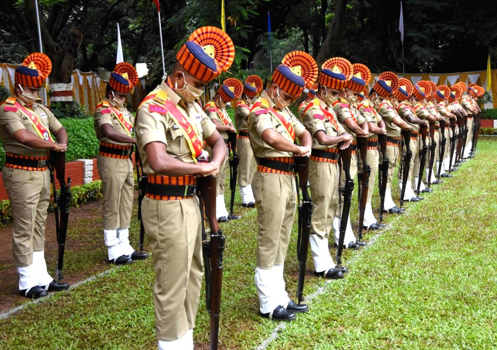 Karnataka State Reserve Police (KSRP) personnel during Police Commemoration Day programme at CAR Parade grounds in Bengaluru on Oct 21 2020.