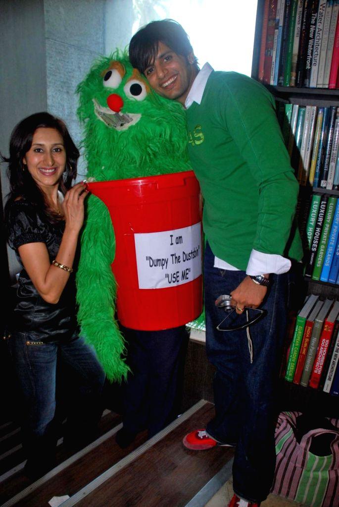 Karnveer and Teeja Sidhu at Poddar Zelda book launch at World Enviornment Day .
