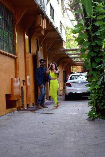 Kartik Aaryan And Kiara Advani Spotted Dance Class In Juhu on Saturday 06th March, 2021.