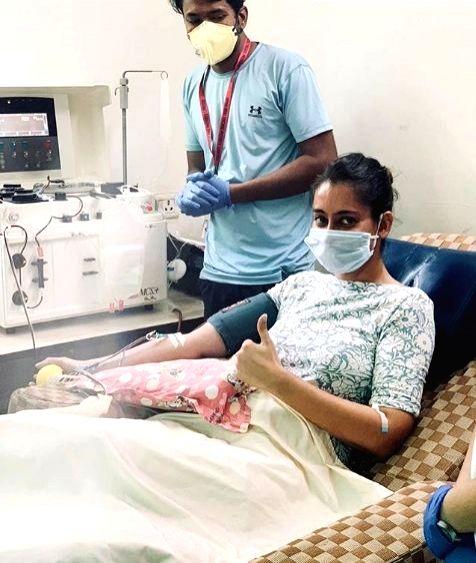Kartik Aaryan shares 1st COVID survivor's post on blood plasma donation.