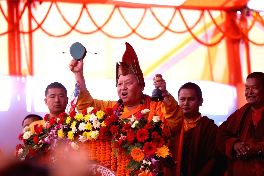 KATHMANDU, Oct. 20, 2016 - Buddhist monks chant religious hymns during the inaugural of the Third International Grand Hindu Convention 2016 in Kathmandu, Nepal, Oct. 20, 2016. This is the first ...