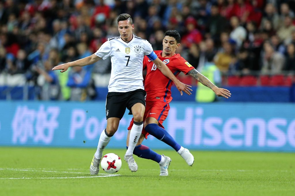 KAZAN, June 23, 2017 - Julian Draxler (L)of Germany vies with Pablo Hernandez of Chile during group B match between Germany and Chile at the 2017 FIFA Confederations Cup in Kazan, Russia, on June 22, ...