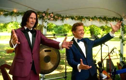 Keanu Reeves, Alex Winter's message to graduating students of 'Bill & Ted' school.