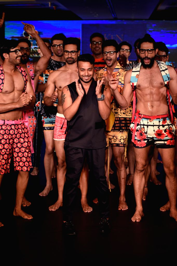 Ken Ferns with models during the lndia`s first Men`s Fashion Week - ILSW, in Bengaluru on 16 Aug 2015.