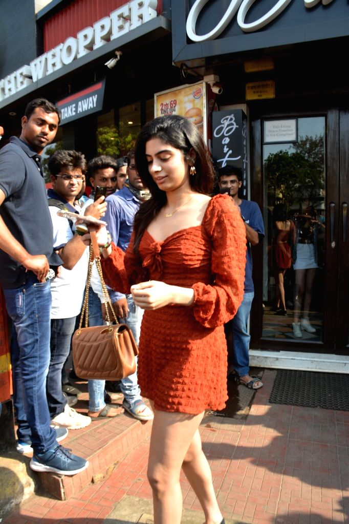 Khushi Kapoor, daughter of producer Boney Kapoor and late actress Sridevi seen in Mumbai's Bandra, on April 14, 2019. - Sridevi and Khushi Kapoor