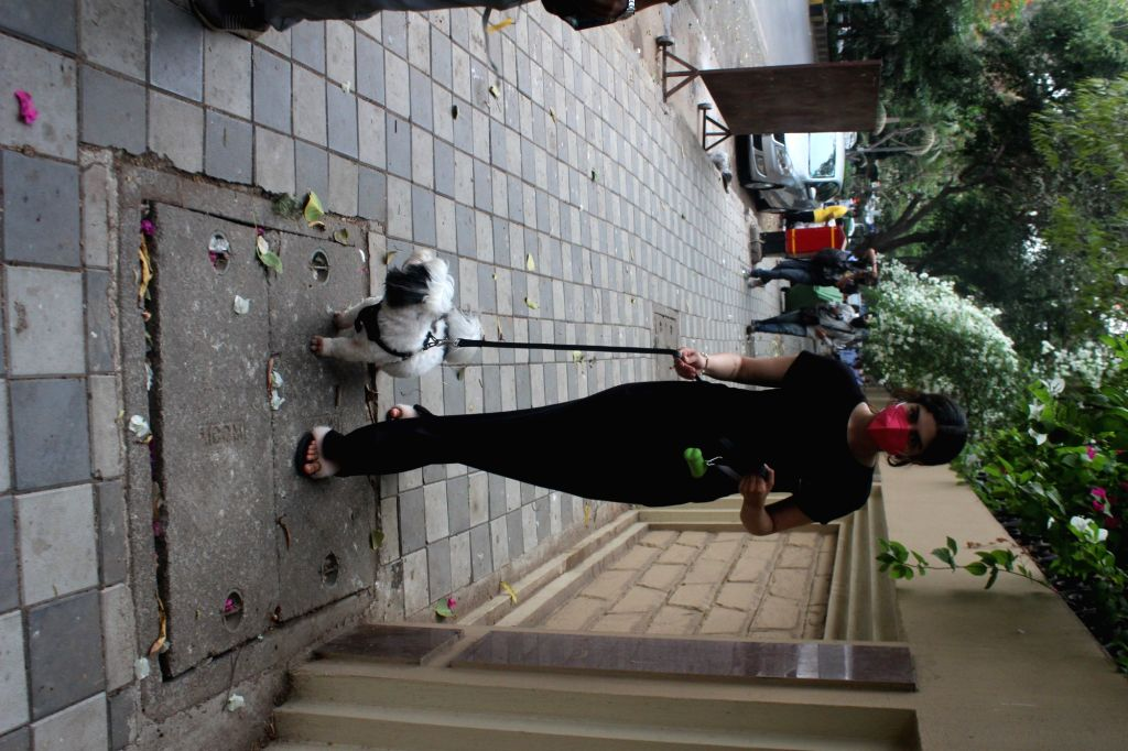 Khushi Kapoor Spotted at Lokhandwala On Saturday, 15 may, 2021. - Khushi Kapoor Spotted