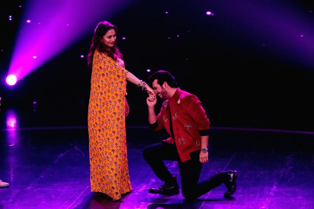 KKK 11 host Rohit Shetty, finalists waltz onto sets of 'Dance Deewane' for 'Mahasangam' episode - Rohit Shetty
