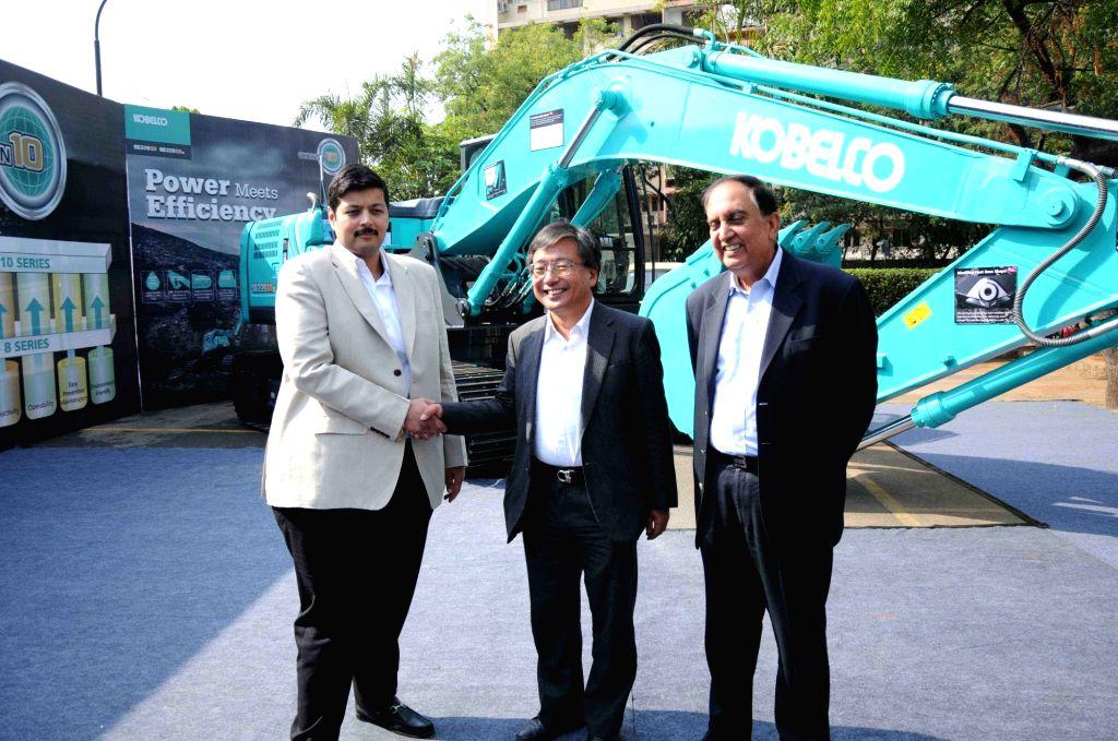 KOBELCO's launches Gen10 - Excavator