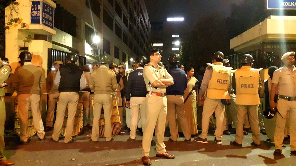 Kolkata: A large contingent of police deployed in front CBI office, CGO complex in Kolkata on Feb 3, 2019. This comes after a group of CBI officers approached the official residence of Kolkata police commissioner Rajeev Kumar's on Loudon Street. (Pho - Rajeev Kumar