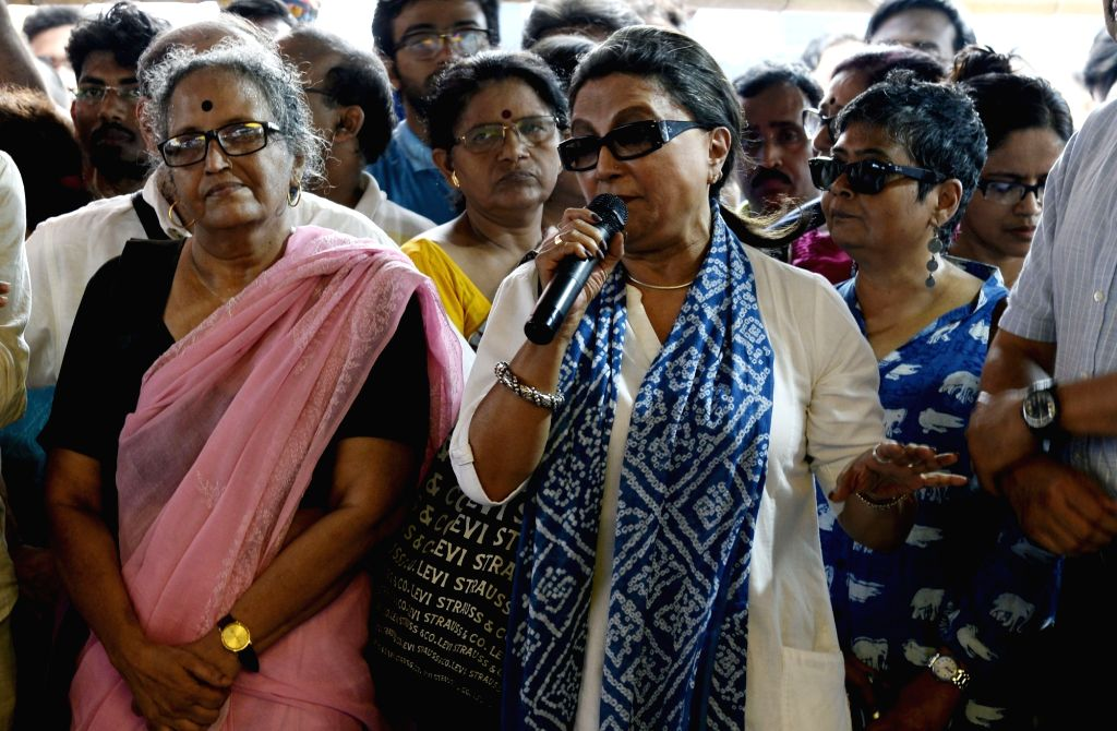Kolkata: Actress Aparna Sen addresses the junior doctors who are on a strike to protest the alleged assault on their junior colleagues at NRS Medical College in Kolkata on June 14, 2019. (Photo: Kuntal Chakrabarty/IANS) - Aparna Sen
