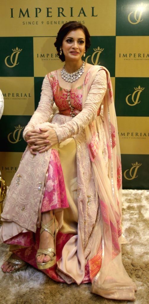 :Kolkata: Actress Dia Mirza during the launch of a jewellery showroom in Kolkata in Kolkata on Oct 31, 2015. (Photo: IANS).