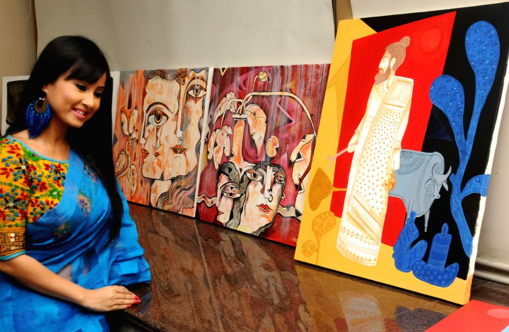 Actress Monami Ghosh during the 9th Painting Workshop in Kolkata, on March 20, 2015.