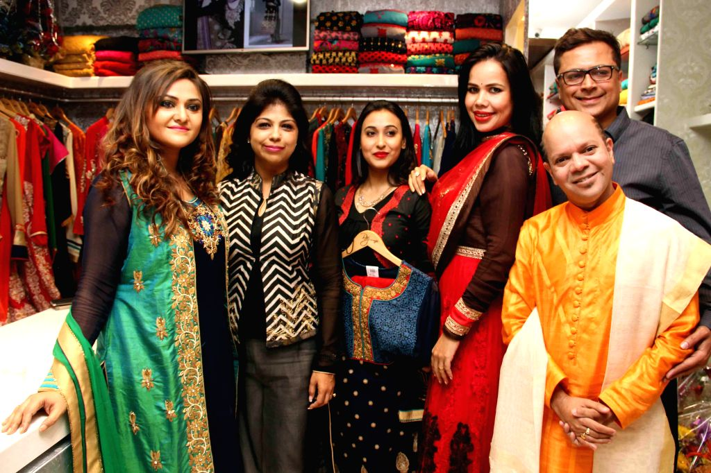 Actresses Koneenica Banerjee and Sayani Dutta, dancer and choreographer Sudarshan Chakraborty and model Jessica Gomes during inauguration of a store in Kolkata, on Feb 7, 2015. - Jessica Gomes, Koneenica Banerjee, Sayani Dutta and Sudarshan Chakraborty