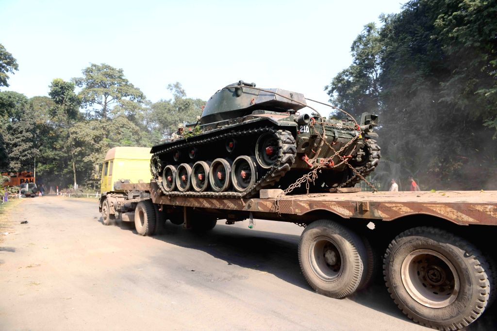 An army memorial tank being shifted from Maidan to Prinsep Ghat in Kolkata, on Dec 3, 2014.