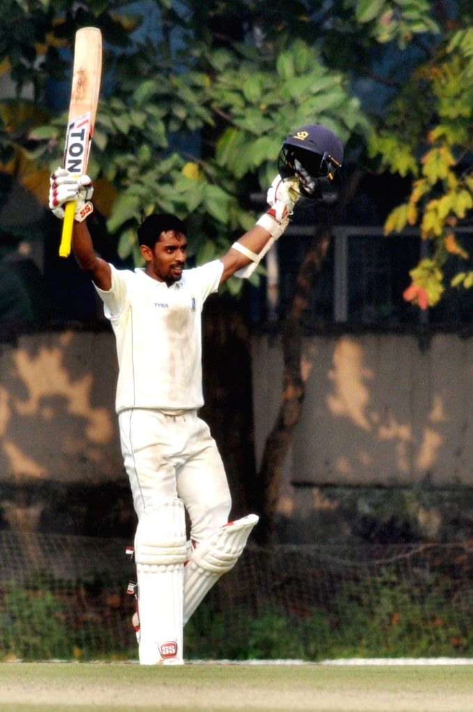 Kolkata, April 11 (IANS) Bengal skipper and India 'A' opener Abhimanyu Easwaran has donated Rs 2.5 lakh to the police in his hometown in Dehradun to feed the migrant labourers stuck at the borders amid the COVID-19 pandemic.