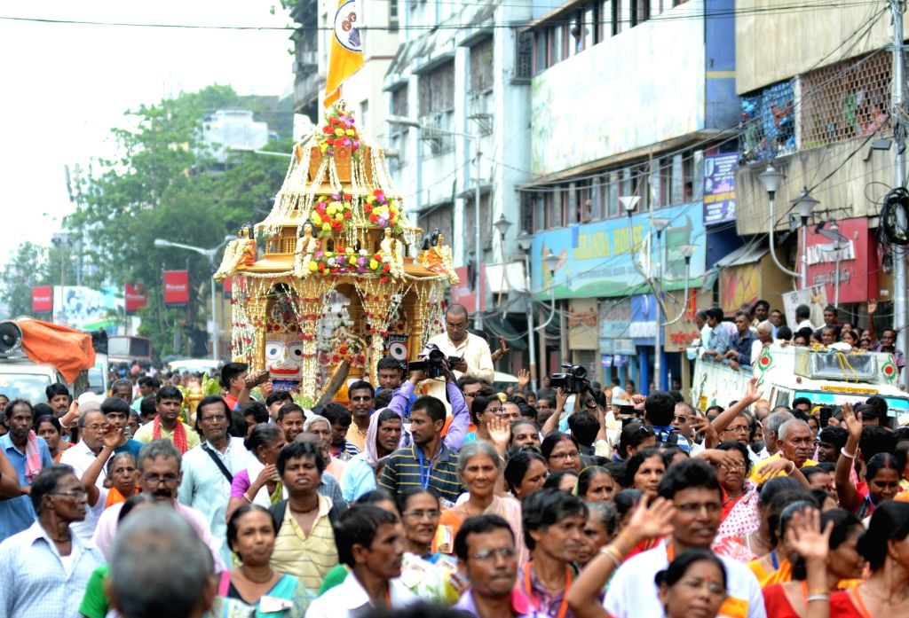 Kolkata: BJP leader Mukul Roy during Rath Yatra organised by the party in Kolkata on July 4, 2019. (Photo: IANS) - Mukul Roy