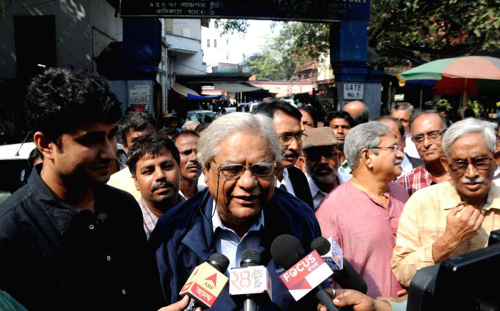Centre of Indian Trade Unions (CITU) leader Shyamal Chakraborty interacts with media in Kolkata on Nov 21, 2014. - Shyamal Chakraborty