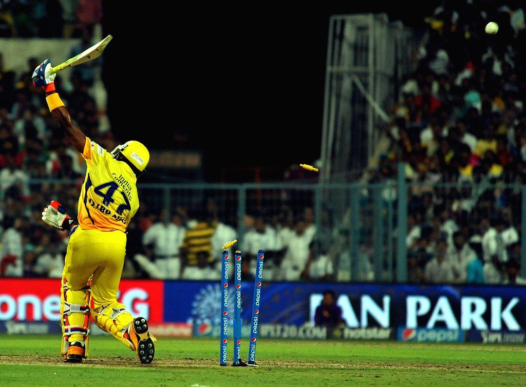 Chennai Super Kings batsman Dwayne Bravo in action during an IPL-2015 match between Chennai Super Kings and Kolkata Knight Riders in Kolkata, on April 30, 2015. - Dwayne Bravo