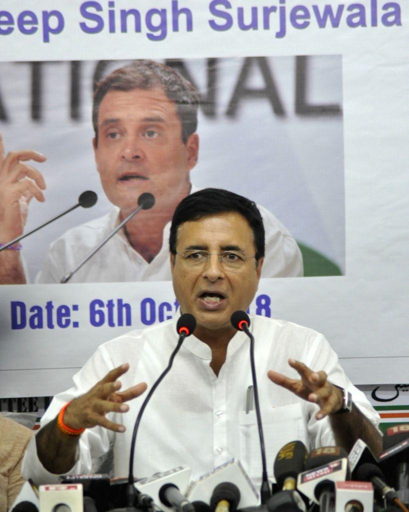 :Kolkata: Congress leader Randeep Singh Surjewala addresses a press conference, in Kolkata on Oct 6, 2018. (Photo: IANS).