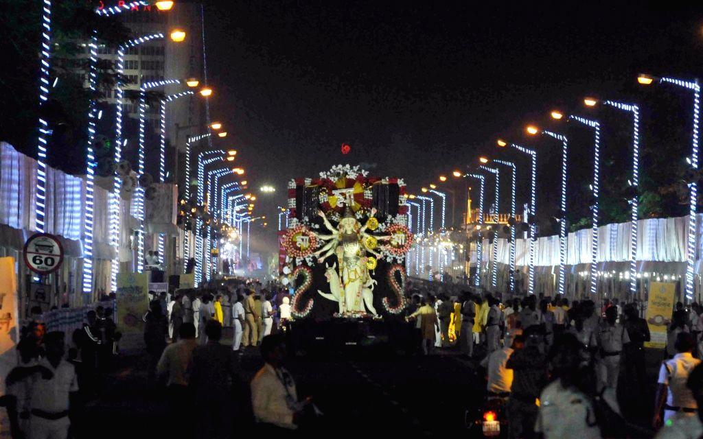 :Kolkata: Durga Puja carnival underway in central Kolkata's iconic Red Road on Oct 23, 2018. (Photo: IANS).