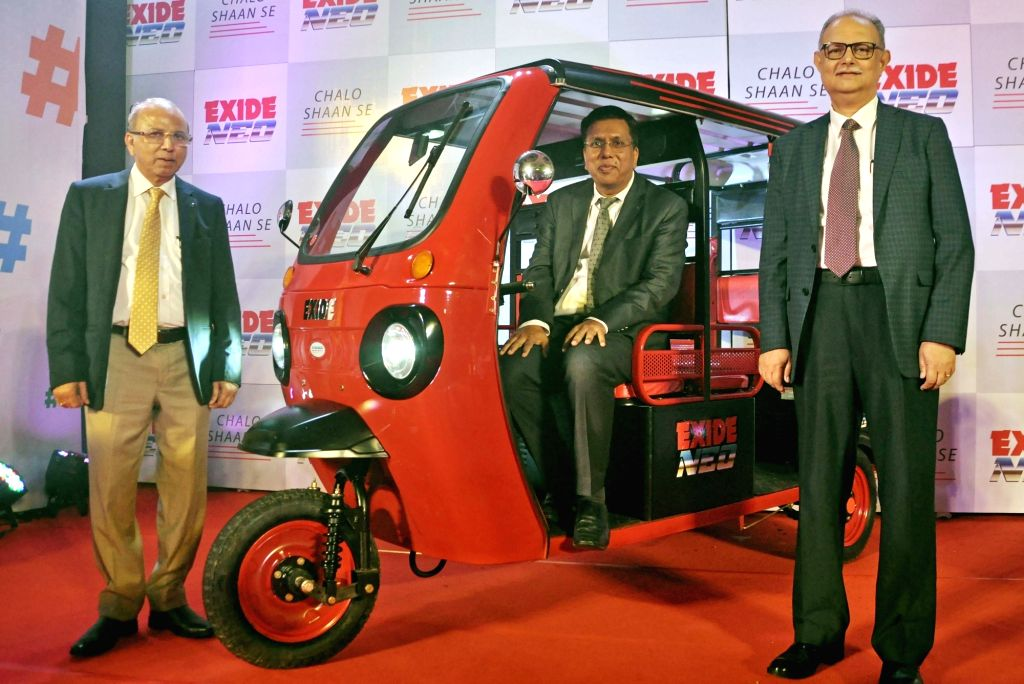 "Kolkata: Exide Industries Ltd MD and CEO Gautam Chatterjee, Deputy Managing Director Subir Chakroborty and Director Automotive Arun Mittal during the lunch of new electric vehicle ""Exide Neo"", in Kolkata on Oct 16, 2019. (Photo: Kuntal Chakrabarty/IA - Gautam Chatterjee"