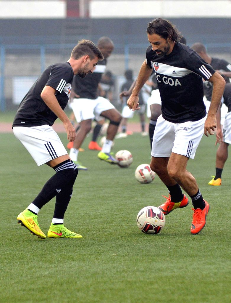 FC Goa players during a practice session in Kolkata, on Dec 9, 2014.