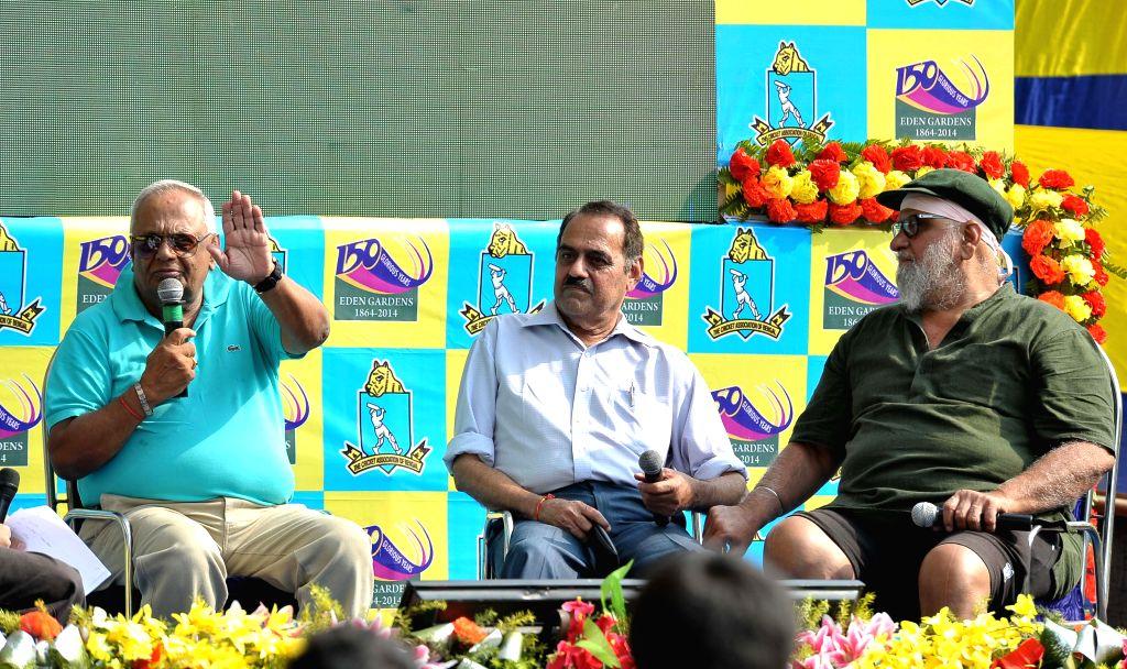 Former cricketers Bishan Singh Bedi, Bhagwat Subramanya Chandrasekhar and E. A. S. Prasanna (R-L) at a talk show during 150th years celebration of the Eden Gardens in Kolkata, on Nov 12, ... - Bishan Singh Bedi