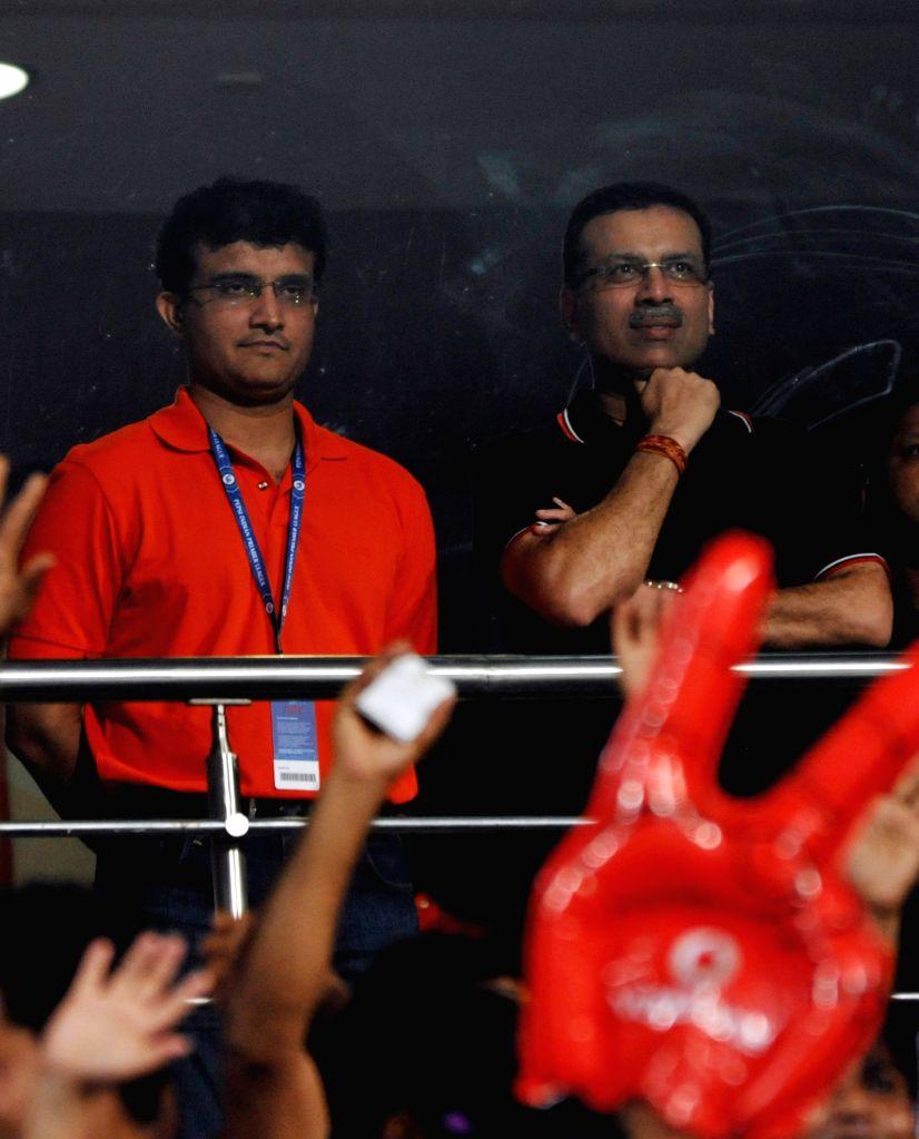 Former Indian captain Saurav Ganguly and industrialist Sanjeev Goenka during the IPL match between Kolkata Knight Riders (KKR) and Royal Challengers Bangalore (RCB) at Eden Gardens in ... - Saurav Ganguly and Sanjeev Goenka