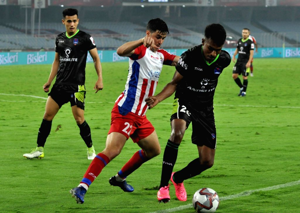 Kolkata: Players in action during an ISL match between ATK and Delhi Dynamos FC at Salt Lake Stadium in Kolkata on March 3, 2019. (Photo: Kuntal Chakrabarty/IANS)