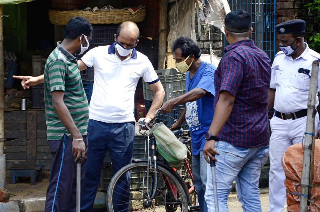 Kolkata : Police detained people found to be violating lockdown norms during the biweekly COVID-19 lockdown, in Kolkata on Aug 31, 2020.