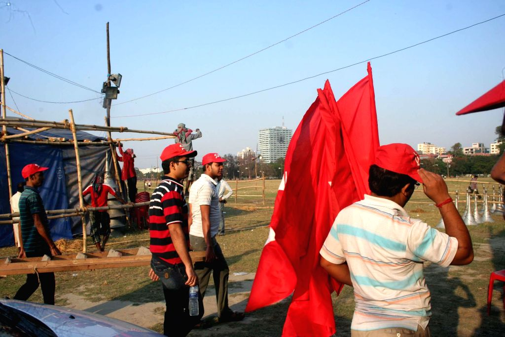 Preparations for CPI(M) rally which is scheduled to be held at the Brigade Parade Ground on 8th March underway in Kolkata, on March 7, 2015.